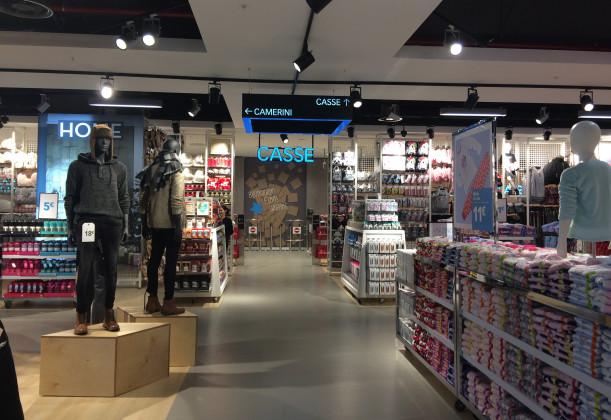 PRIMARK Elnòs Shopping, Brescia - Italy - SPI